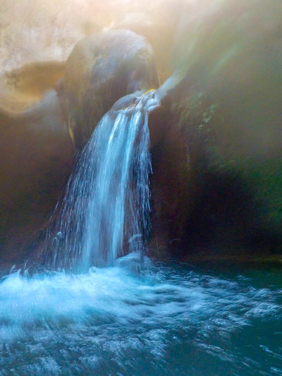 Tropfen im Wasserfall