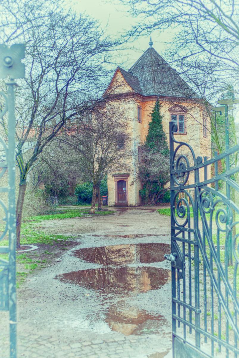Achteckiges Haus